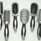 Šepetys plaukams (vnt)
